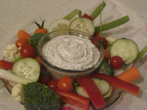 Veggies with Vegan Ranch Dip